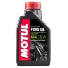 MOTUL Fork Oil Expert Light 15W Вилочное масло (1 л.)